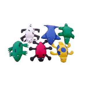 brinquedos-didaticos-e-jogos-37-ALMOFADAO-DE-BICHOS-conjunto-pequeno